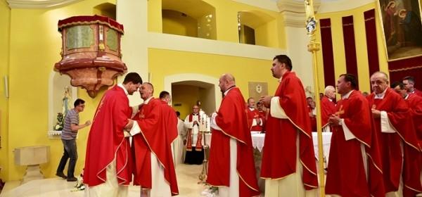 Ređenje svećenika i đakona krajem studenoga