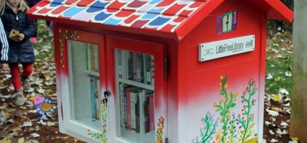 Besplatna Mala knjižnica u parku u Perušiću
