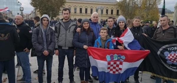 Gačani obišli vukovarske memorijalne znamenitosti