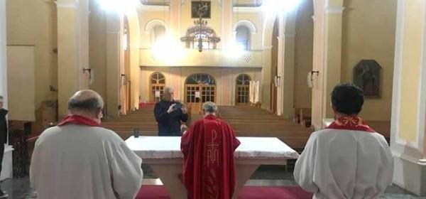 """""""Alo, biskupi, 'Mi bez kruha ne možemo!'!!!"""""""