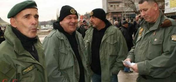 Veterani specijalne policije i još 13 udruga podržali splitskog policajca: -Novinarka se njemu treba ispričati