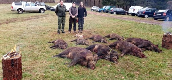Drugi lov hrvatskih lovkinja u Gackoj