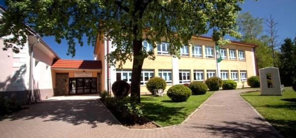 Jesenski upisni rok na slobodna mjesta u Srednjoj školi Otočac