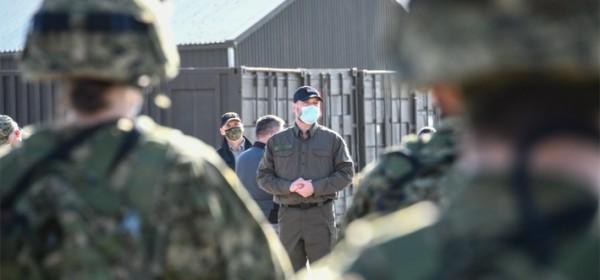 Ministar Banožić posjetio kadete na zimskom kampu u Udbini