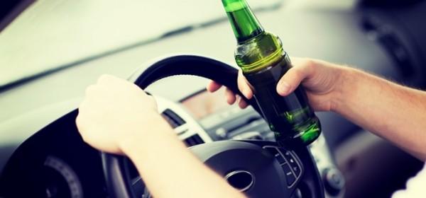Vozili pijani i bez dozvole