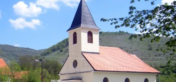 Biskup Bogović predslavio svečanu misu uz svetkovinu Gospe od Krunice u Čanku
