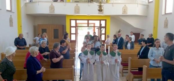 Katehetska nedjelja u Donjem Lapcu
