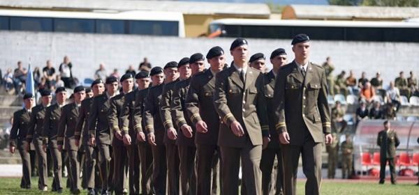 Prima se 160 kandidata za vojnika/mornara