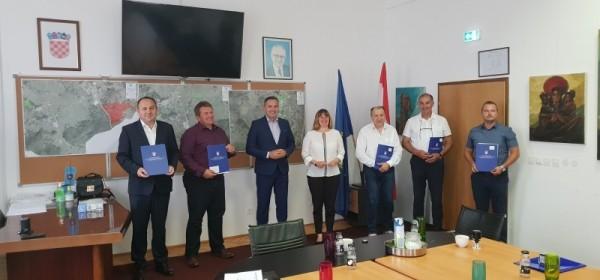 """Ministarstvo regionalnog razvoja i fondova EU nastavlja sufinancirati projekt """"Senj centar – Uređenje Pavlinskog trga"""""""
