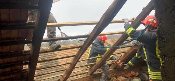 Poduzetnici drvnog sektora i Hrvatske šume pružaju pomoć potresom pogođenim područjima