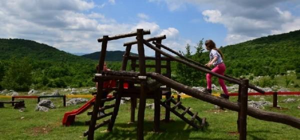"Grabovači odobren projekt "" Obnova eko dječjeg igrališta """