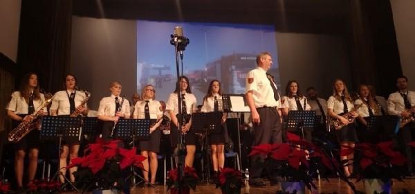 Veličanstven božićno-novogodišnji koncert puhačkog orkestra DVD-a Otočac