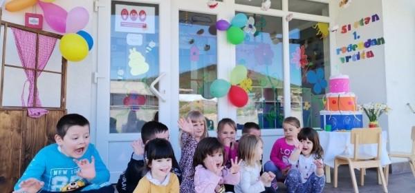 Dječji vrtić Vrhovine proslavio svoj 1.rođendan