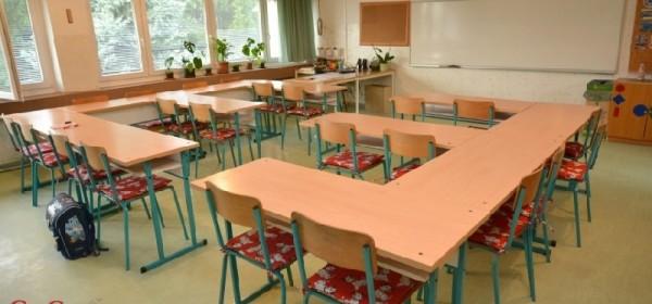 Danas se štrajka u osnovnoj i srednjoj školi