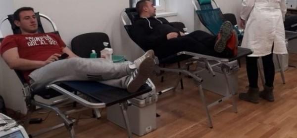 Veliki odaziv građana akciji darivanja krvi