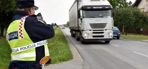 Tijekom proteklog vikenda 79 prekršaja prekoračenja dopuštene brzine