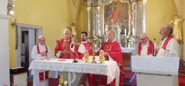 Oproštaj don Anđelka Kaćunka od triju župa u Gospićko-senjskoj biskupiji